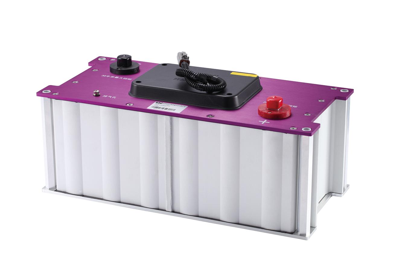 温度控制 可加模块间电路平衡器,确保模块间电压均衡 可加can通信模块